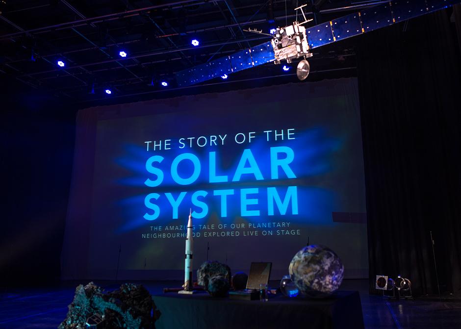 story-of-the-solar-system-preset-lighting-beauty-shot_img_1275_web